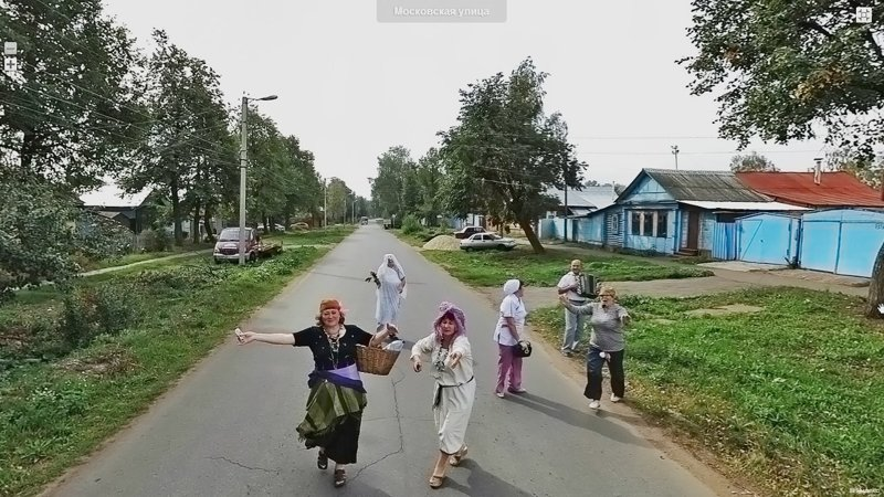 Russia As Seen By Google And Yandex Street View Cars