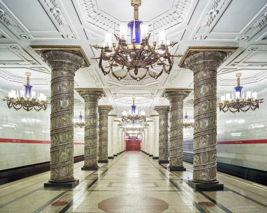Magnificent Subway of Moscow And Saint Petersburg