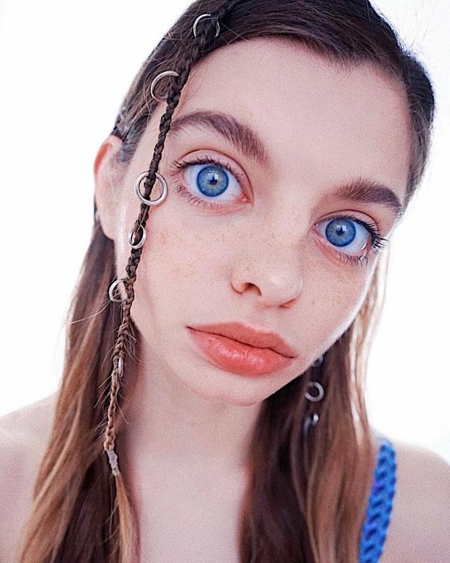 Мария Оз - девушка с самыми большими глазами в мире (9 фото)