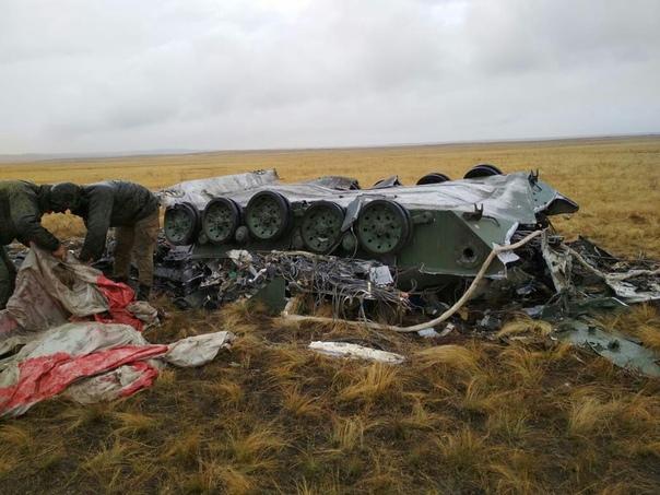 Фотографии разбившихся на учениях боевых машин ВДВ (8 фото + видео)