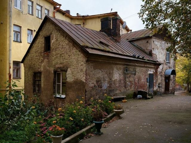 The Oldest Dwelling House In Russia Where One Can Buy an Apartment