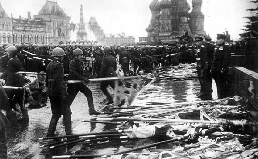 Brillantes photographies de Max Alpert à propos de l'histoire soviétique