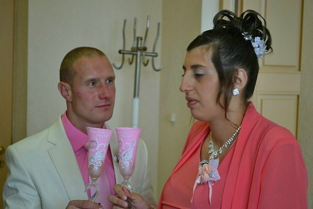 Wedding Photos That Didn't Find Any Place In Albums