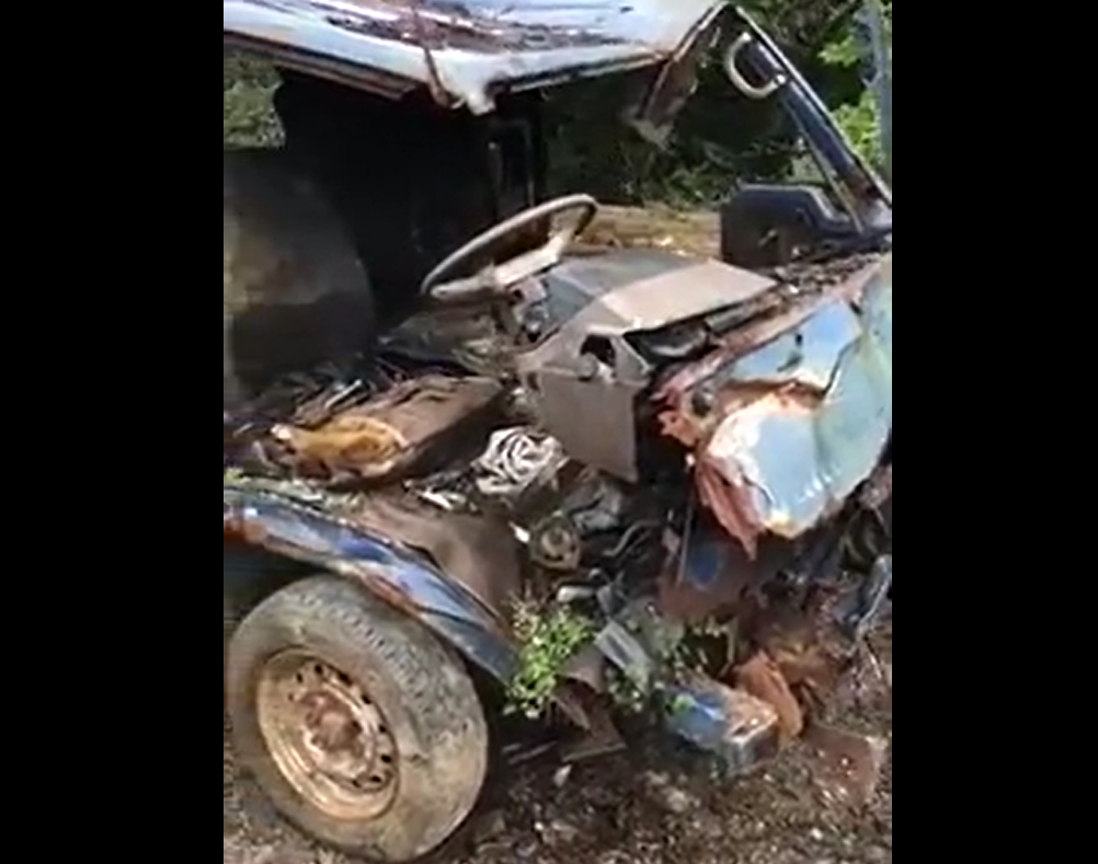 Very Old Car Does Not Wanna Die