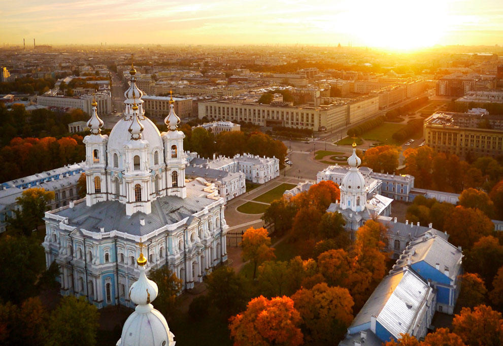 Looking Over Great Sights of Saint Petersburg From Above (+ Historic Remarks)
