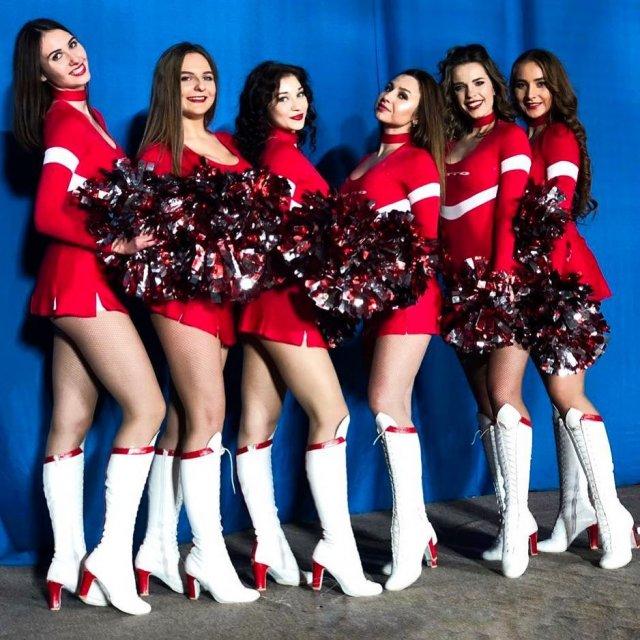 девушки из группы поддержки «Спартака»