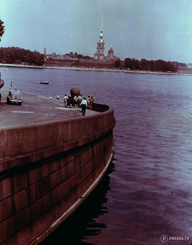 Leningrad As Seen By Foreign Tourists Back in the 1960s