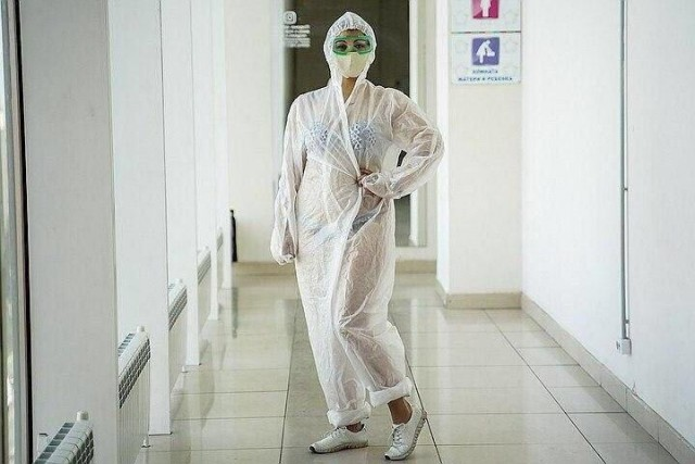 Медработники по стране замутили флешмоб в поддержку медсестры из Тулы