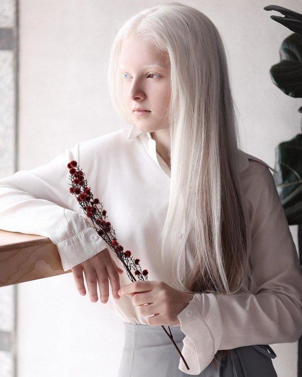 Амина Эпендиева - 11 летняя девочка из Чечни, которая поразила соцсети своей внешностью