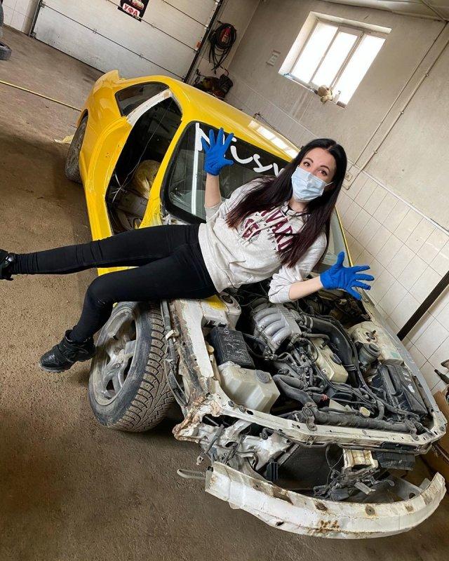 Настя Туман - автомеханик, который починит вашу машину