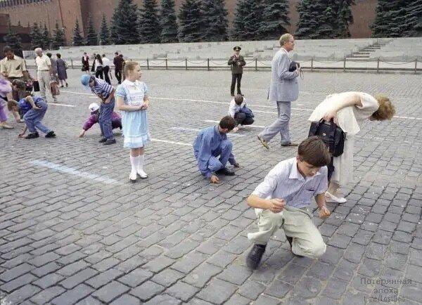 Детство детей 1990-х