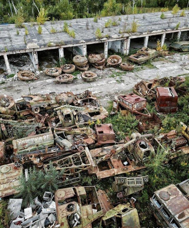 Свалка военной техники в Южно-Сахалинске - она находится прямо в городе
