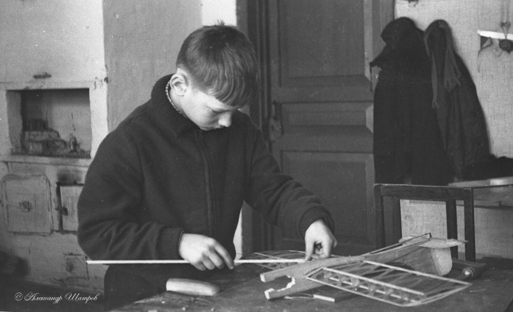 Dreaming of the Sky: Model Aircraft Construction in the USSR