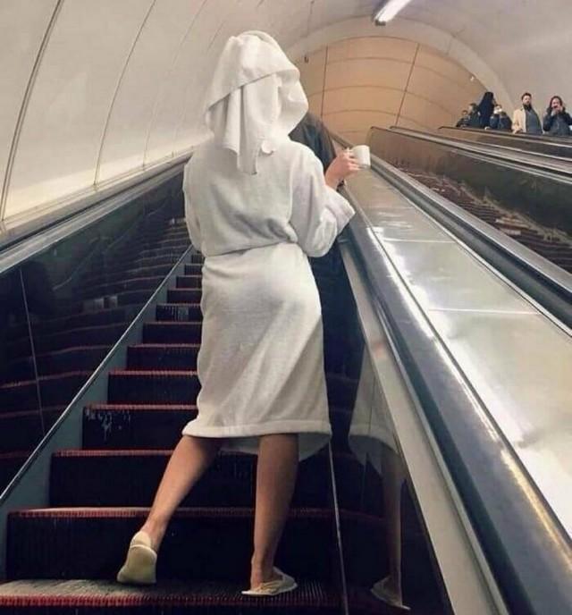 Модники из нашего метрополитена, серия 05.01.2021