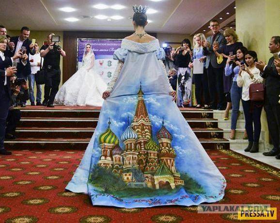 (Дичь) платье с изображением Владимира Путина