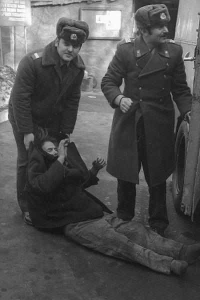 Вытрезвители возвращаются: вспомним, как они выглядели в СССР