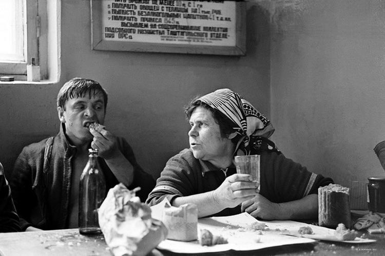 Soviet Time: Straightforward Photography