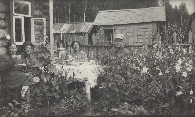 Чай на даче Неизвестный автор, 1930-е, МАММ/МДФ.
