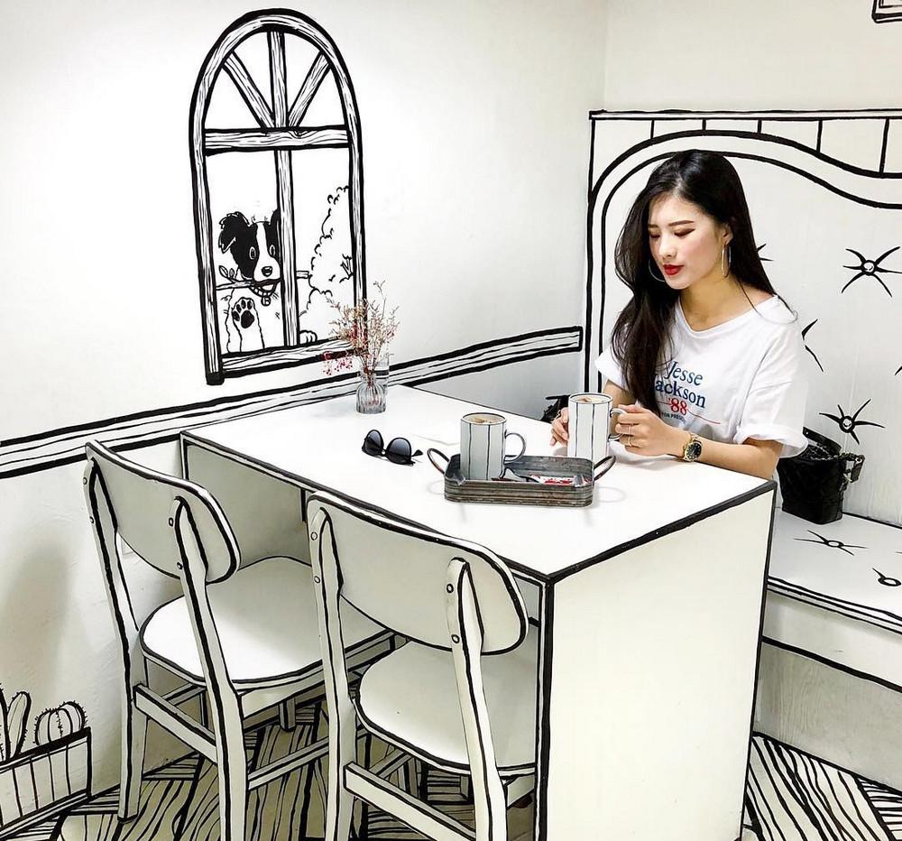 Мультипликационное черно-белое кафе Йоннам-донг в Сеуле