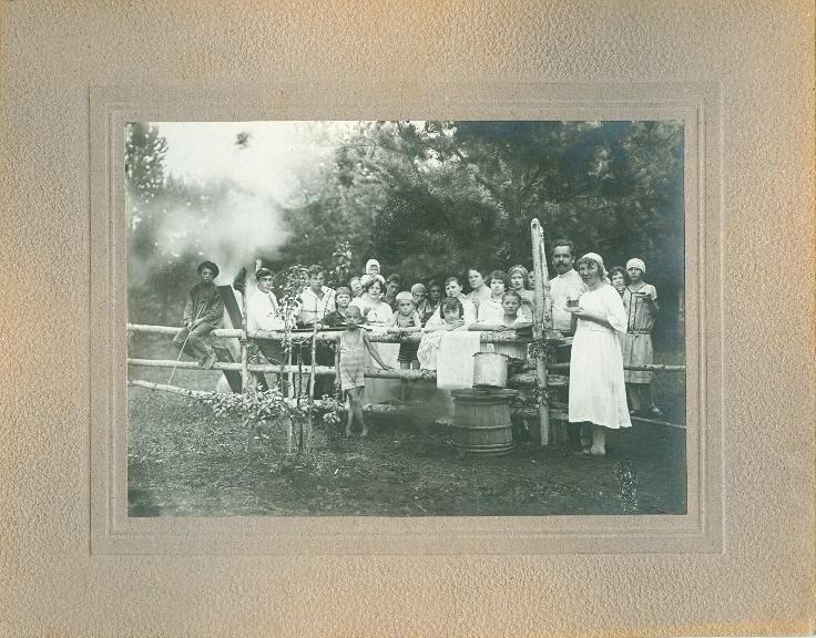Празднование именин на пасеке Неизвестный автор, 1927 год, МАММ/МДФ.