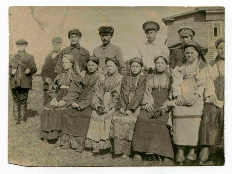 Деревня Гарево Усть-Цилемской волости Архангельской губернии. Крестьяне. 1921 г. (?)