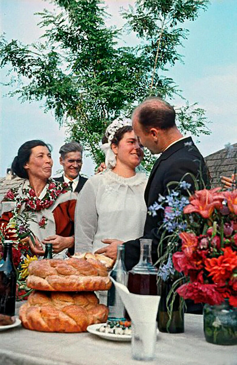 100 Years of Russian Weddings From 1880 To 1980