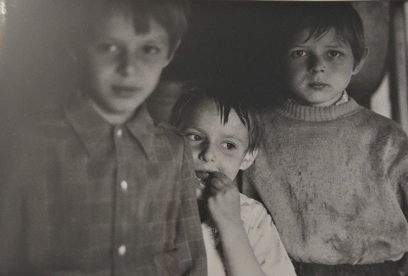 Дети певчих. Свято-Михайловский храм. Владимир Соколаев, 5 июля 1985 года, Кемеровская обл., г. Новокузнецк, МАММ/МДФ.