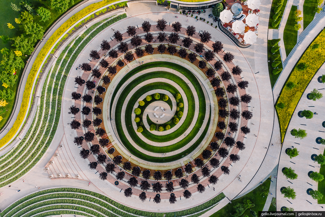 парк галицкого, парк краснодар, спираль, пирамида