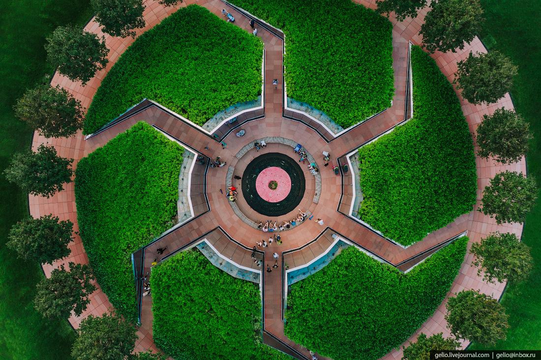 парк галицкого, парк краснодар, зеркальный лабиринт