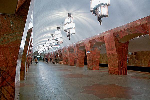 Фото №7 - 15 удивительных фрагментов московского метро