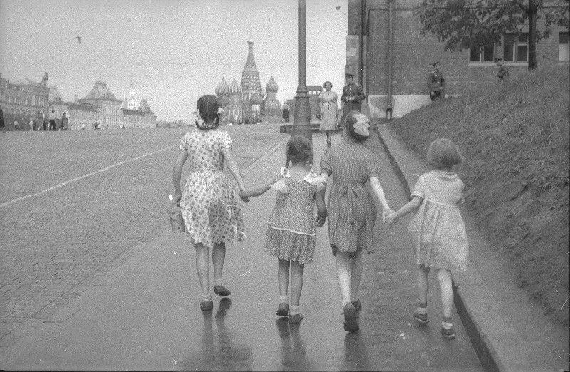 Красная площадь. Юрий Кривоносов, 1950-е, г. Москва, МАММ/МДФ.