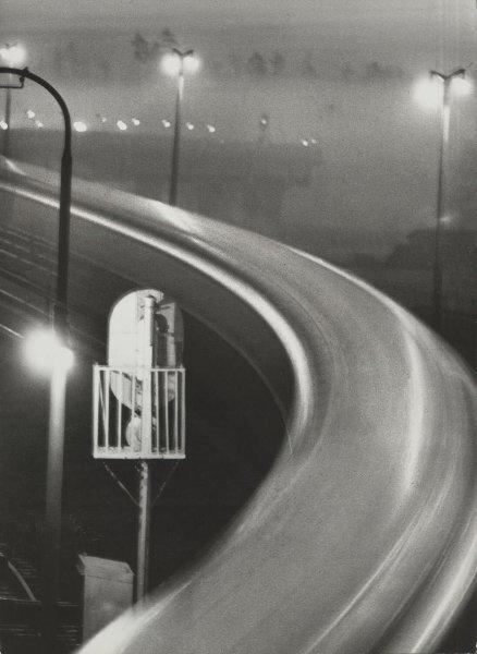 «Метро проснулось». Юрий Кривоносов, 1964 год, г. Москва, МАММ/МДФ.