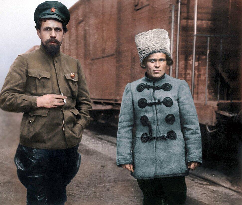 Павел Дыбенко и Нестор Махно, 1918 г.