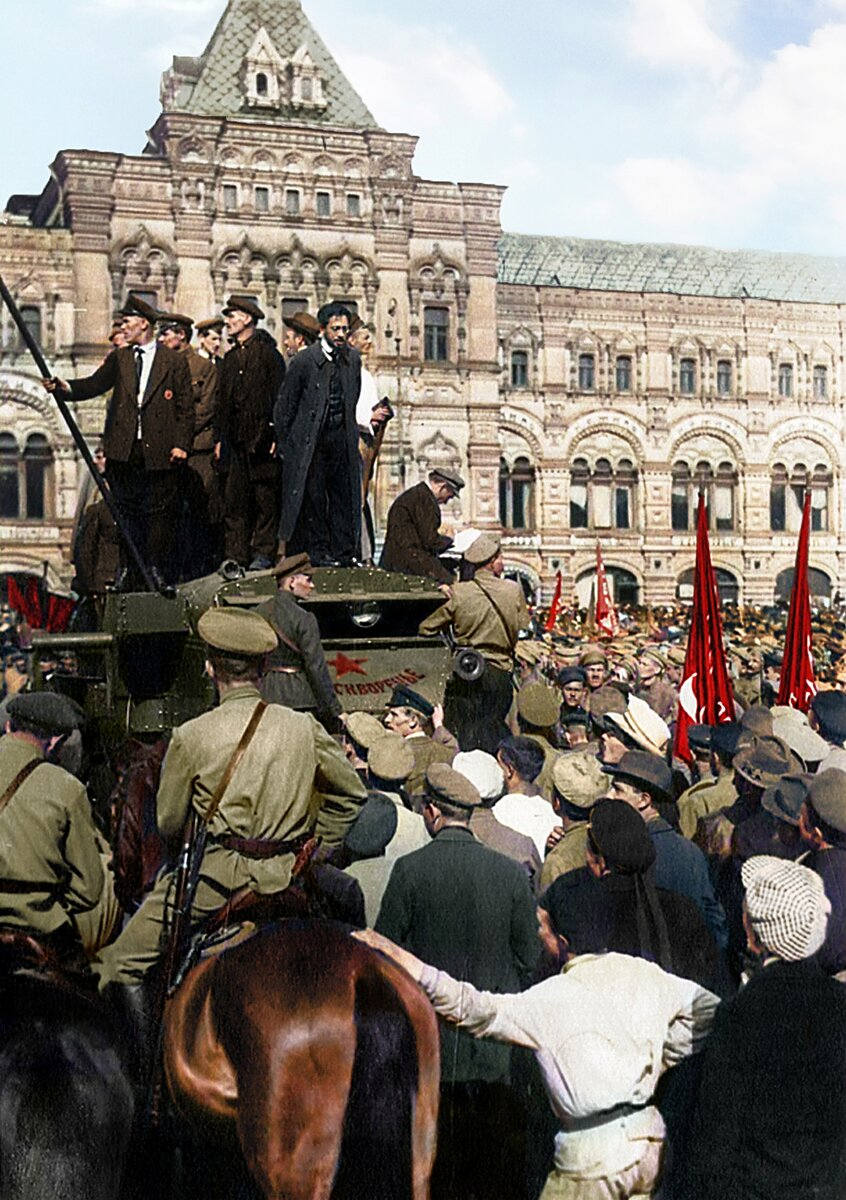 Выступление Свердлова на митинге на Красной площади, 1918 г.