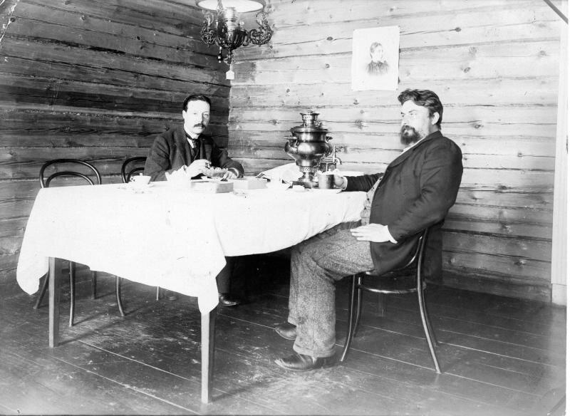 У самовара. Неизвестный автор, 1900-е, МАММ/МДФ.